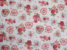 ROSE FLORAL HEARTS 100% COTTON FABRIC SHABBY CHIC VINTAGE RETRO PM CREAM NO3